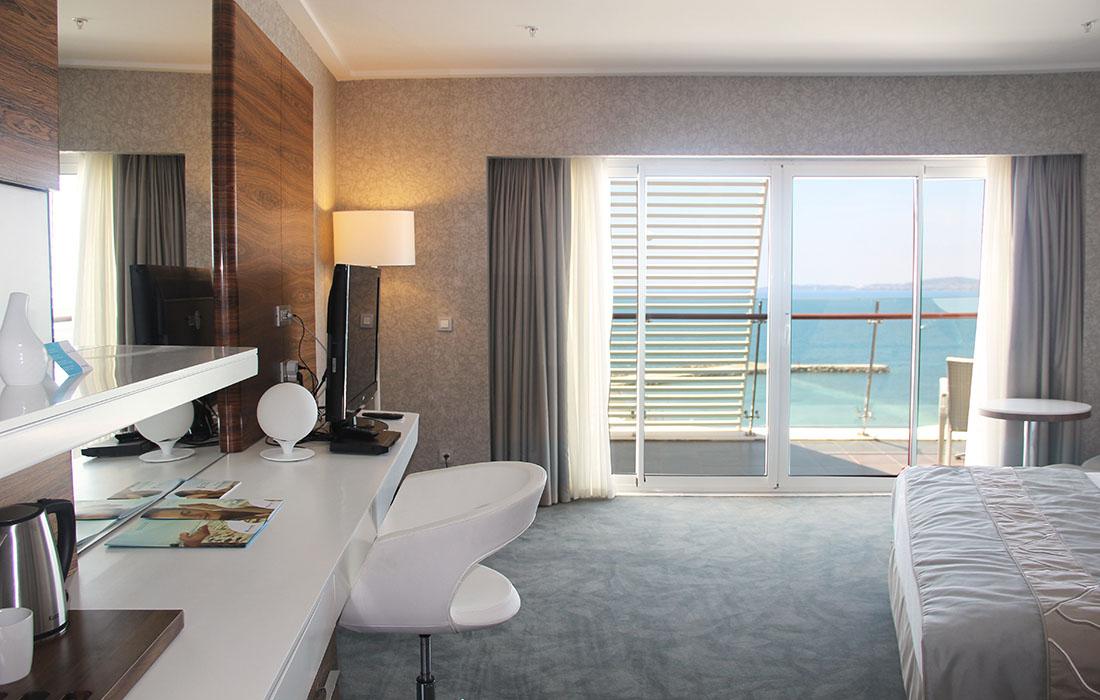 Brilliant Deluxe Zimmer Gold Island Hotel Interior Design Ideas Pimpapslepicentreinfo