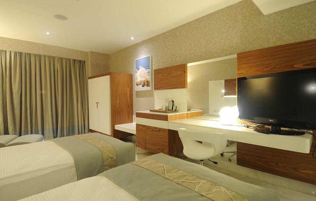 Island Room